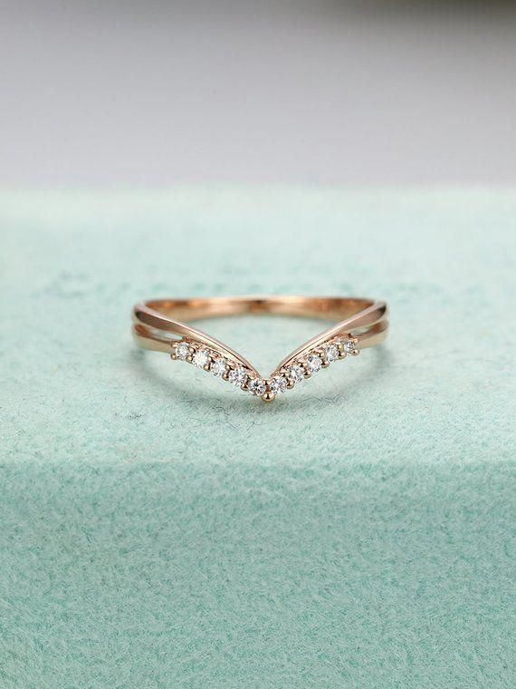 Rose Gold Wedding Banddiamond Curved Ringwomen S Chevron Etsy Rose Gold Wedding Band Diamond Diamond Wedding Bands Gold Wedding Band