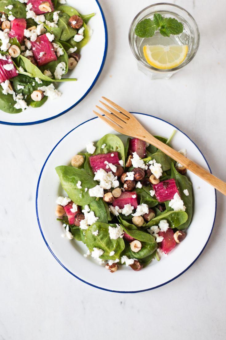 Karamellisierter Rhabarber & Spinat Salat {flowers on my plate}