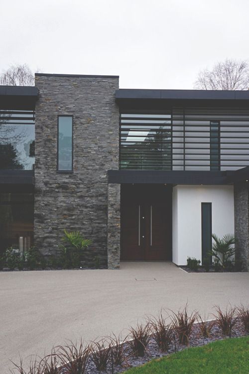 modernambition:  Nairn Road Residence | MDRNA | Instagram