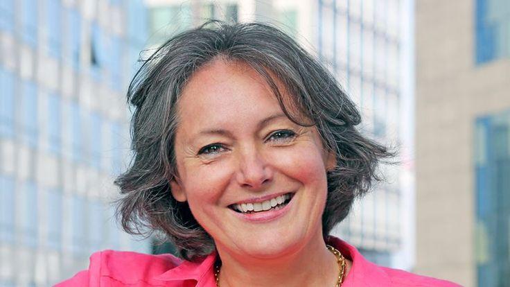 Alice Guilhon, directrice générale de SKEMA Business School, répond au sujet de la compétivitivé des business school françaises face aux business school américaines et asiatiques. via Le Figaro Étudiant