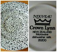 Crown Lynn Nouveau Saucer *RARE*
