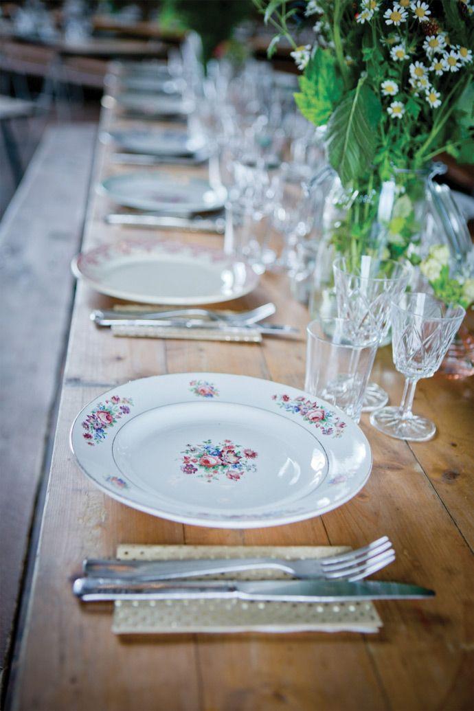 Les astuces d'Artis pour une décoration de mariage écolo   Photographe : Les pensées Photographiques   Donne-moi ta main - Blog mariage