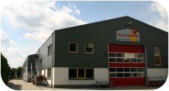 Timmerfabriek Waaijenberg is producent van houten kozijnen/ramen/deuren en schuifpuien. Wij zijn een ambachtelijk bedrijf, maar wel uitgerust met een modern machinepark. Heeft u een bijzonder ontwerp, vraag naar de mogelijkheden.