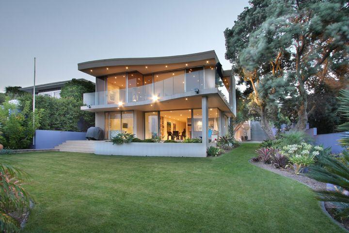 Murrays Bay House