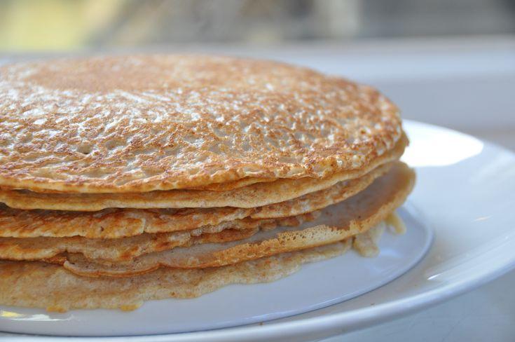 Oma's volkoren pannenkoeken. Heerlijk luchtig van smaak.
