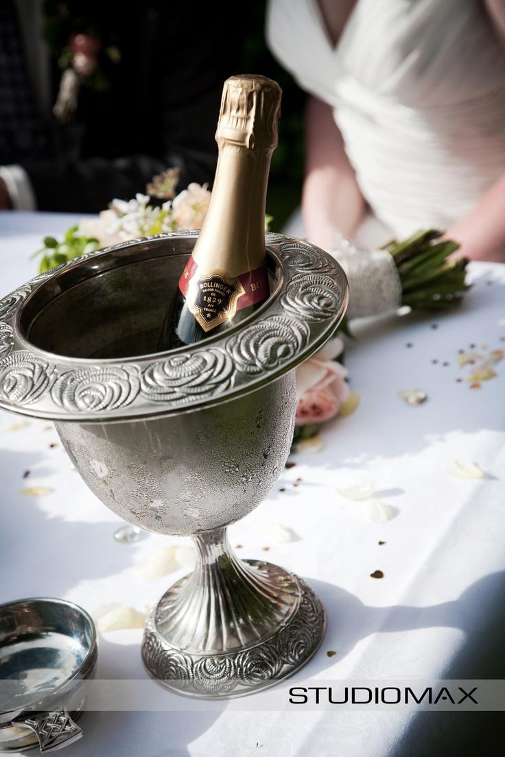 Wedding Reception Inspiration. Antique champagne ice bucket. Classic & Elegant.   Photography by Melbourne Wedding Photographers StudioMax