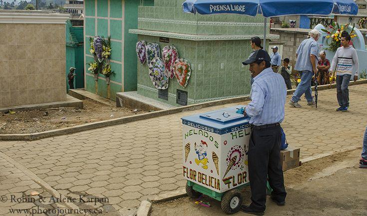 Ice cream salesman in the cemetery on All Saints Day, Sumpongo,  Guatemala - Photo Journeys