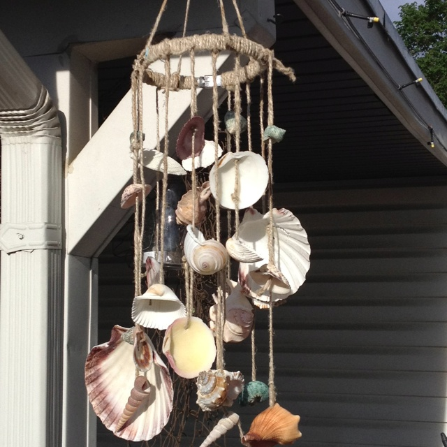 17 best ideas about seashell wind chimes on pinterest for Wind chimes homemade crafts