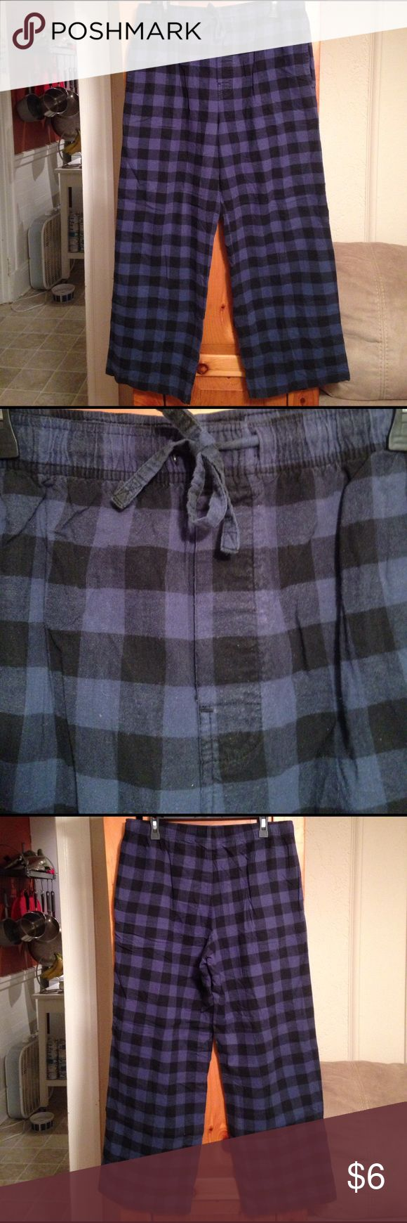 MERONA BLUE PLAID FLANNEL PAJAMA PANTS Men's M Pre-owned blue plaid flannel pajama bottoms by MERONA. Size Men's M or 32/34. Regular length. Elastic waistband with string tie. Material: 100% cotton. Slightly faded. No holes or stains. Merona Other