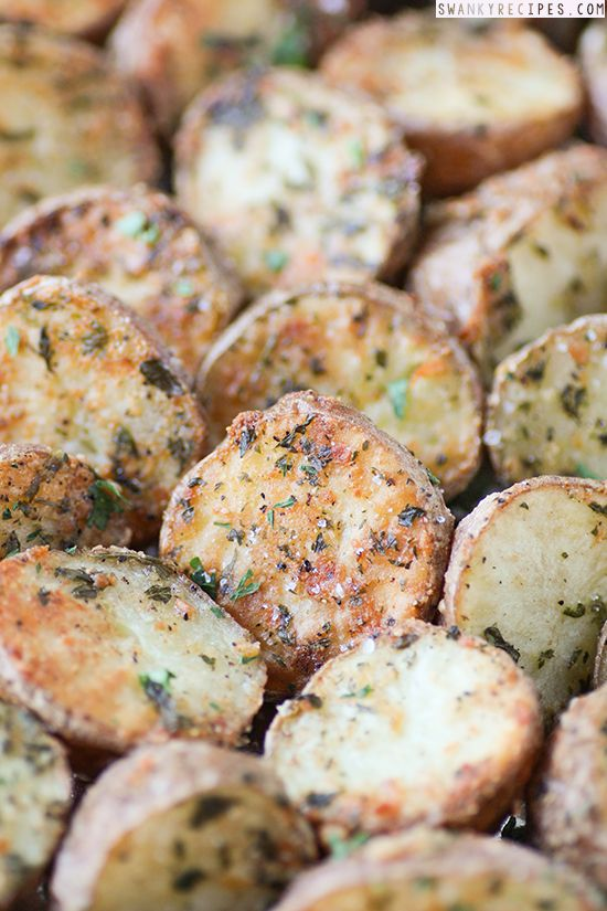 Parmesan Herb Roasted Potatoes - Oven roasted, crispy Parmesan potatoes seasoned with herbs, olive oil and cheese. This dish can be served as an appetizer or side and takes 5 minutes to prepare and roasts for 40 minutes. #RescuedMoments #sp