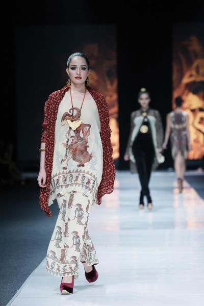 ghea panggabean  - dewi fashion knights 2012