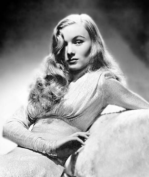 Veronica Lake: Vintage Hair, Hollywood Stars, Veronica Lakes, Glamorous Hair, Style Icons, Bottle Longue, Pin Curls, Hair Style, Soft Curls