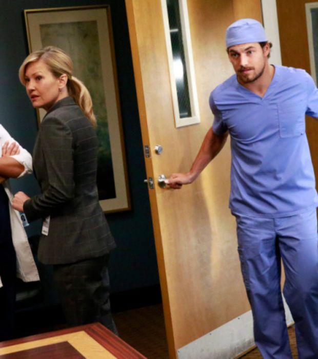 Photo : Grey's Anatomy saison 12 : le beau Andrew DeLuca est joué par Giacomo Gianniotti