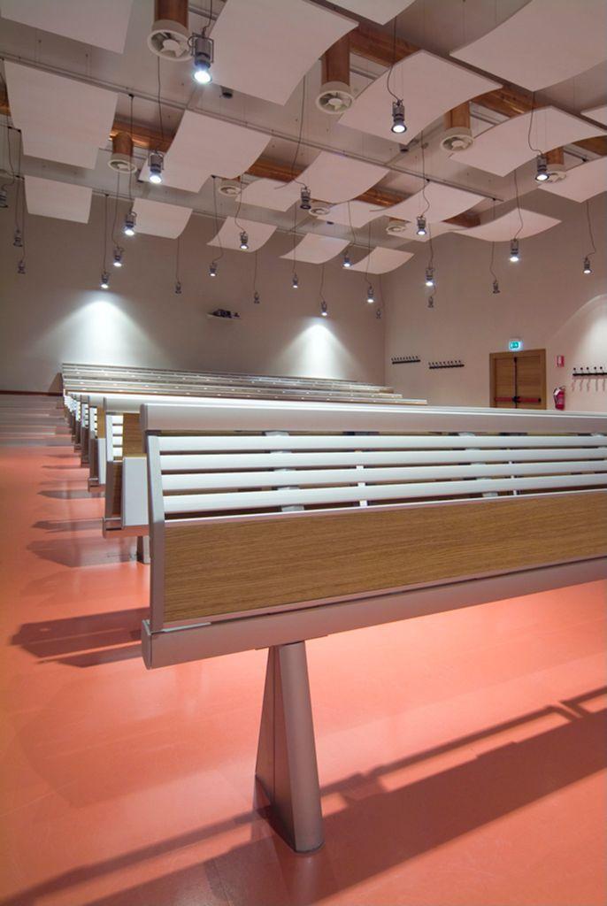 Luiss University, Rzym, Armstrong, sufity podwieszane, sufit akustyczny, acoustic, ceiling