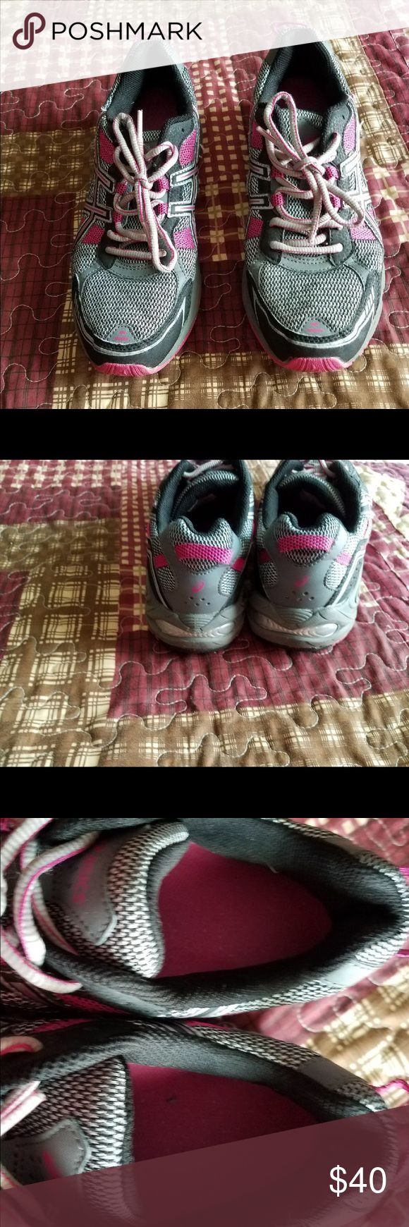 Asics tennis shoes Asics tennis shoes womens in good condition size 11 really comfortable Asics Shoes Sneakers