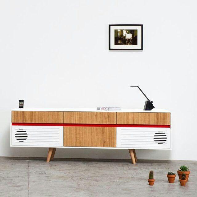 Speaker table