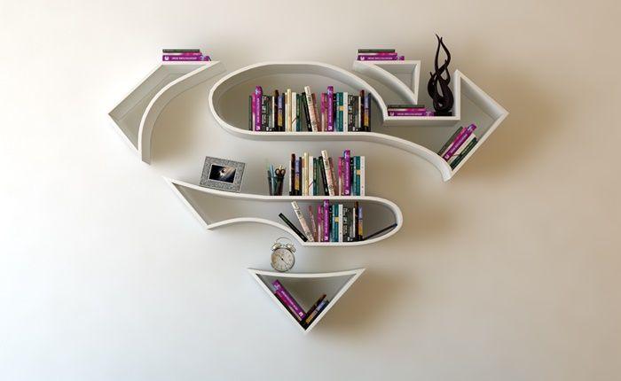 Artista turco montou peças inspiradas no Superman Mulher-Maravilha e Capitão América  continue lendo em Designer cria prateleiras inspiradas em super-heróis