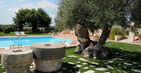 Provincia di #Ragusa: una residenza d'epoca del 1600 a #Modica per una vacanza regale 👑. Scegli il meglio su #PrenotareinSicilia