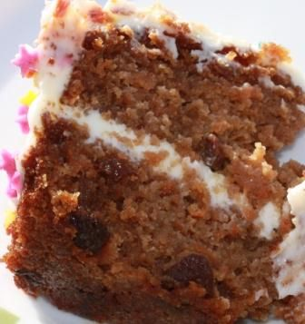 Deliciously moist gluten free carrot cake with lots of tasty topping.  This easy to follow gluten free cake recipe is guaranteed to get you lots of complements on your baking skills.