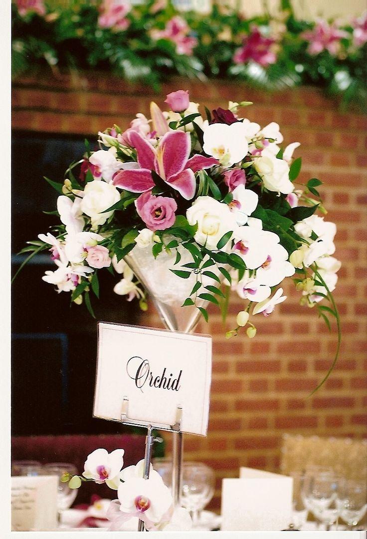 9 best LES VASES MARTINI images on Pinterest   Floral arrangements ...
