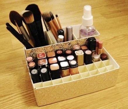 Como fazer um organizador de maquiagem. #diy #maquiagem