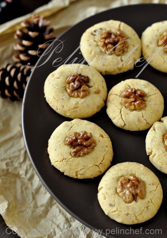 Biscuits au tahini et noix, à l'huile de noisettes. - TAHİNLİ KURABİYE