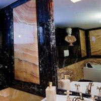 Bagno in Marmo Nero Portoro e Onice New Wave Lucido