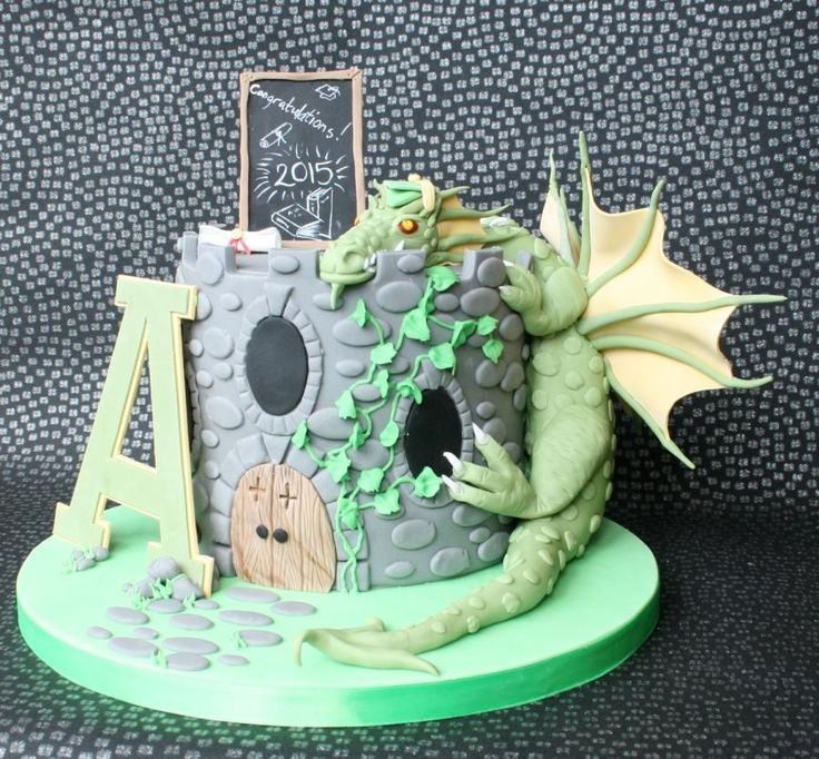 Dragon Graduation cake by Nonie's