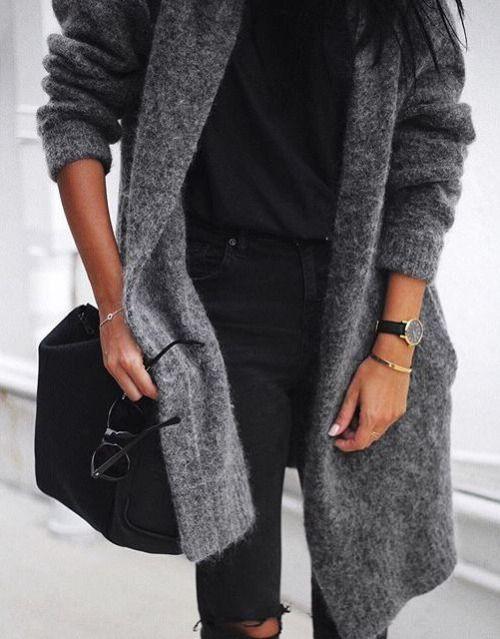 gros gilet gris et slim noir
