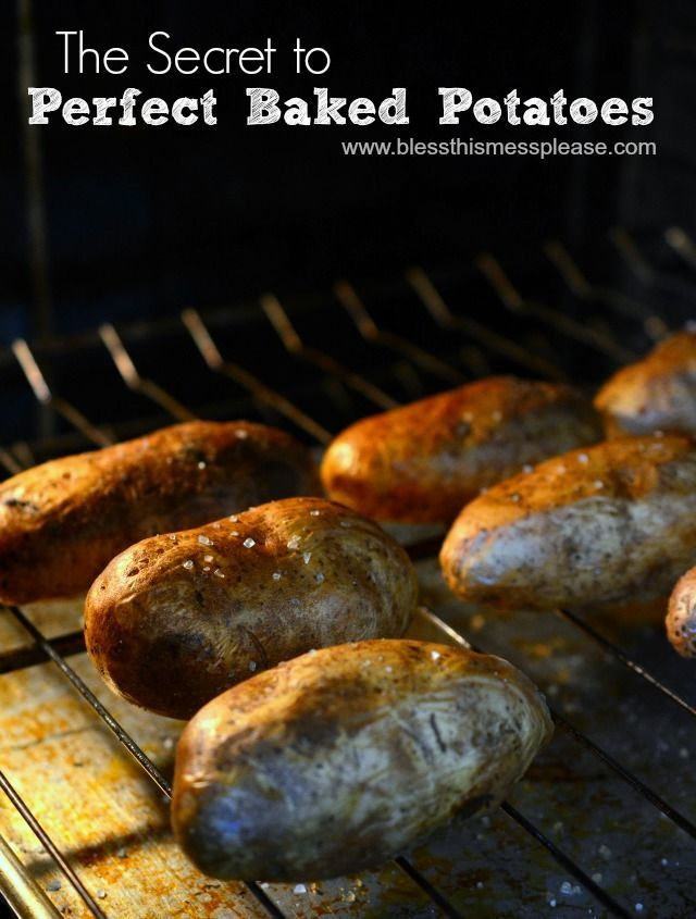 The secret to the perfect baked potato - super easy clean meal for Meatless Monday!