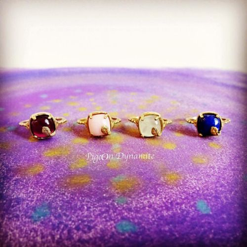 Yours truly. www.Pigeondynamite.etsy.com #talismanrings #pigeondynamite #garnet #lapislazuli #greenprehnite #pinkopal #quartzrings #handmadejewelry #specialjewelry #handmaderings #etsy #etsyjewelry www.facebook.com/PigeonDynamite #facebook #facebookpage #ameba #amebablog 手作りのリングをお届け✨#タリスマン #ガーネット #ラピスラズリ #ピンクオパール #プレナイト #ハンドメイド #クリーマ #ジュエリー #リング #指輪 #アメブロ #プロミスリング #一粒リング #ハッピー #プレゼント #ギフト #ラピスラズリ #garnet #etsyjewelry #handmadejewelry #リング #ギフト #specialjewelry #アメブロ #ハッピー #ピンクオパール #プレナイト…