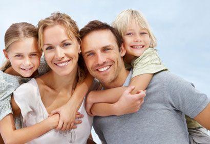 """""""Il est impossible de prédire la forme que prendra la famille dans une société débarrassée de la misère et de l'exploitation (...) Une chose est toutefois certaine : c'est que la « défense de la famille », est un drapeau qui dissimule à peine la volonté farouche de préserver la complémentarité traditionnelle des sexes, c'est-à-dire leur inégalité. La « défense de la famille » (...) est un cri de guerre contre l'émancipation des femmes."""""""