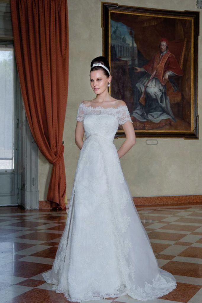 Model: Margot - Collezione Glamour di Gloria Saccucci Spose