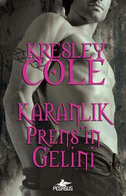 Karanlık Prensin Gelini - Kresley Cole ePub PDF e-Kitap indir   Kresley Cole - Karanlık Prensin Gelini ePub eBook Download PDF e-Kitap indir Kresley Cole - Karanlık Prensin Gelini PDF ePub eKitap indir Kadınını korumaya yemin etmiş vahşi bir savaşçının zevk vaadi... Yayından asla ayrılmayan Avcı Lucia gizemli olduğu kadar güzeldir. Fakat sırları hem kendisini hem de sevdiklerini tehdit etmekte ve tehlike her geçen gün büyümektedir. Garreth MacRieve'le birlikte olması çok risklidir ancak…
