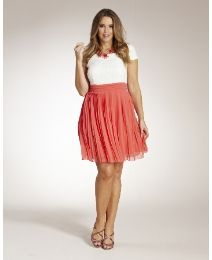 For all you women that want to be styling! Plus Size Dresses For Women | Simply Be| Free Shipping $75+