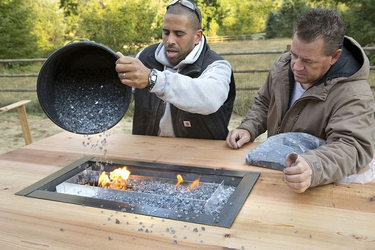 Carhartt.com/Plans DIY Fire table... Find the plans on this site!!Diy Ideas, Backyards Firepit, Outdoor Fire Tables Diy, Carhartt Com Plans Diy, Backyards Patios, Diy Fire, Backyards Ideas, Fire Tables Pit, Backyards Gardens