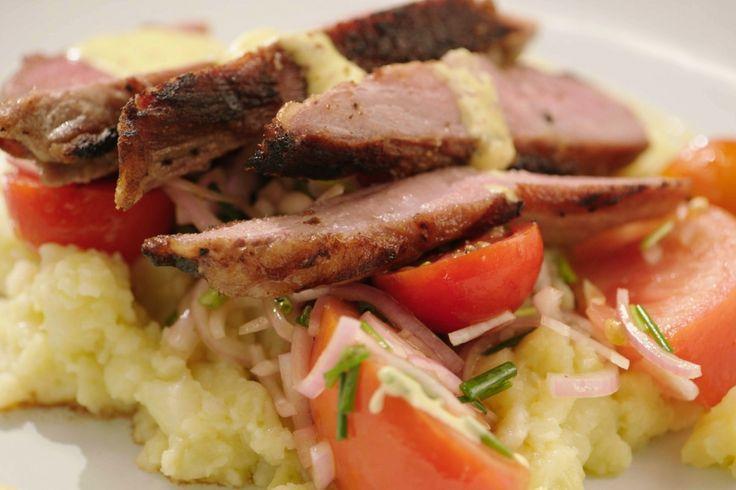 Secreto is een minder bekend stuk van het varken. Het is doorspekt met vet en heeft daardoor ontzettend veel smaak. Jeroen serveert dit