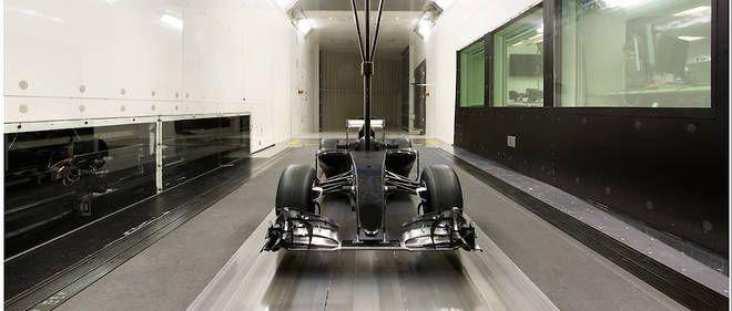 """À la découverte de la """"Silicon Valley"""" de la F1  Alors que la nouvelle saison de F1 débute ce week-end, sept des neuf écuries sont basées dans la même région en Angleterre.   Au sein de l'usine de Renault, à Enstone. Au total, sept des neuf écuries de F1 sont basées dans l'Oxfordshire, à proximité du circuit de Silverstone."""