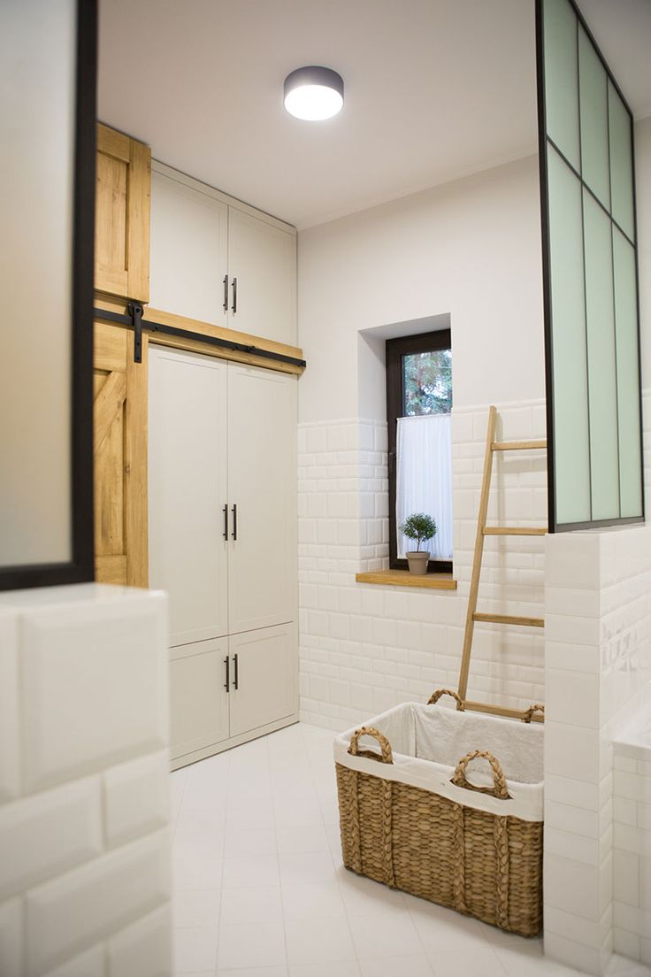 Our first project: private areas #interior #design #idea #inspiration #home #decor #style #cozy #laundry #bathroom #bath #brick #tiles #white #ladder