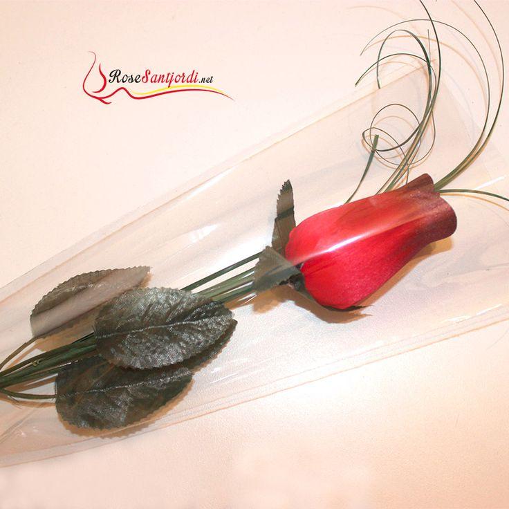 Rose Sant Jordi roja preparada #santjordi http://rosesantjordi.net/producto/rose-sant-jordi-roja-preparada/