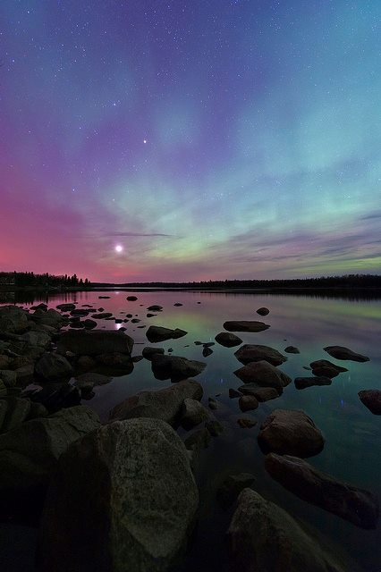 Aurora over Pinawa, Manitoba, Canada. #northern_lights #Canada #travel