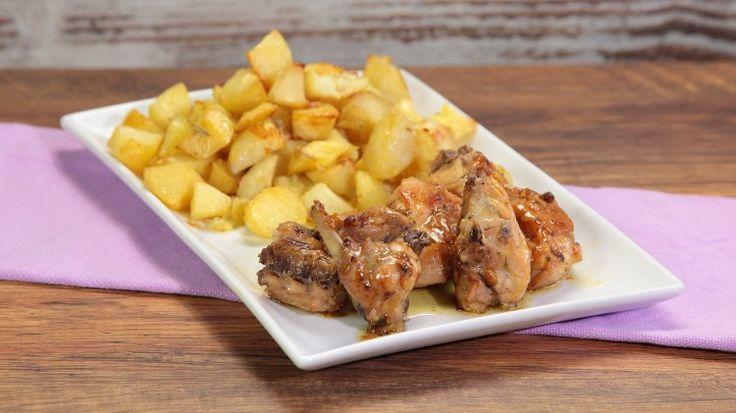 Ricetta Coniglio arrosto: Il coniglio arrosto, un secondo piatto che fa parte della tradizione culinaria del nostro bel Paese, soprattutto delle regioni del Nord.