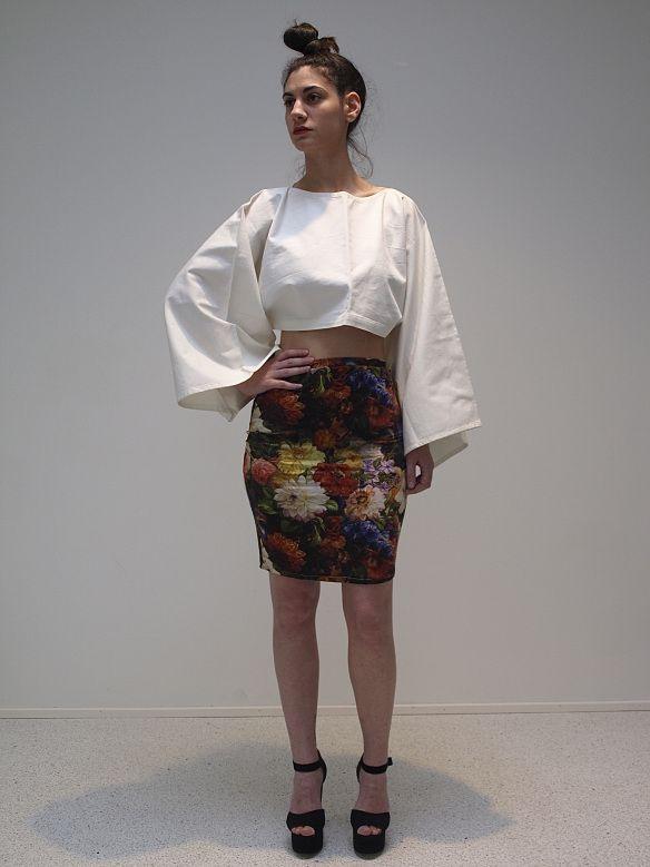 Model: Myrto Papilou Designer: Mariana de Aguiar