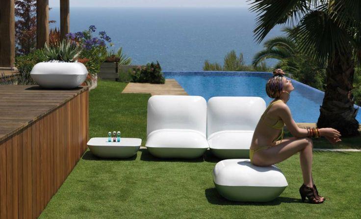 mobilier de jardin design pour extérieur par Studio Vondom