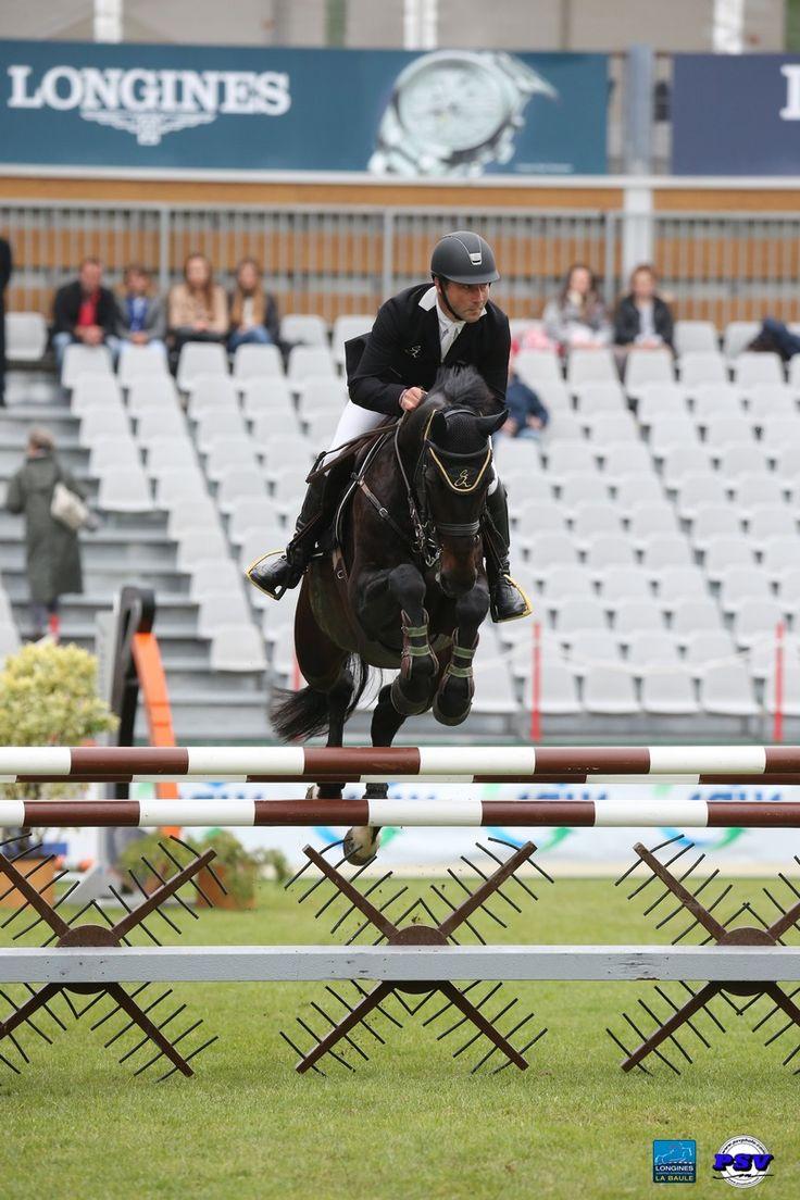 Epreuve n°12   Jumping International La Baule  CSI 1* Big Tour - Mini Derby Home Courchevel 1m25  Le Vainqueur : Eric Vigeanel !