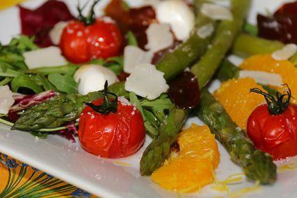 Salade Trévise aux asperges vertes et tomates confites