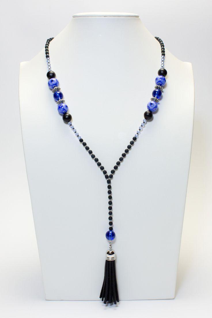 Collier noir et bleu, pompon noir #gadhorre #jewelry