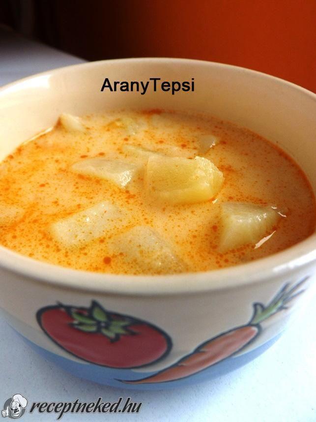 Kipróbált Tejfölös krumplileves recept egyenesen a Receptneked.hu gyűjteményéből. Küldte: aranytepsi