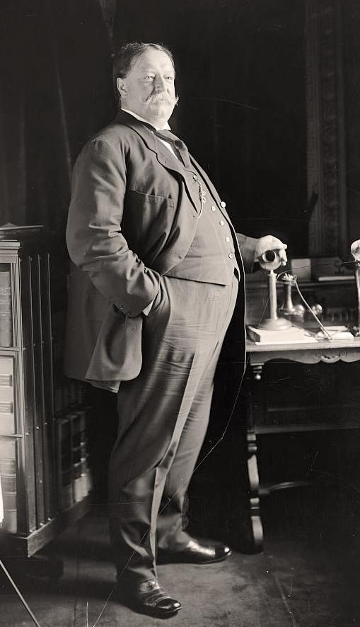 """President William Howard Taft was 5' 11.5"""" tall and weighed 340 lbs.  According to chief White House usher, Ike Hoover, at the time  Taft was president, Taft once got stuck in the White House bath tub. After Taft was ousted in the 1912 election, President Warren Harding appointed him to Chief Justice of the U.S. where he served until weeks before his death in 1930 at the age of 72. Taft lost 70 lbs the yr after leaving ofc and maintained it for the rest of his life."""