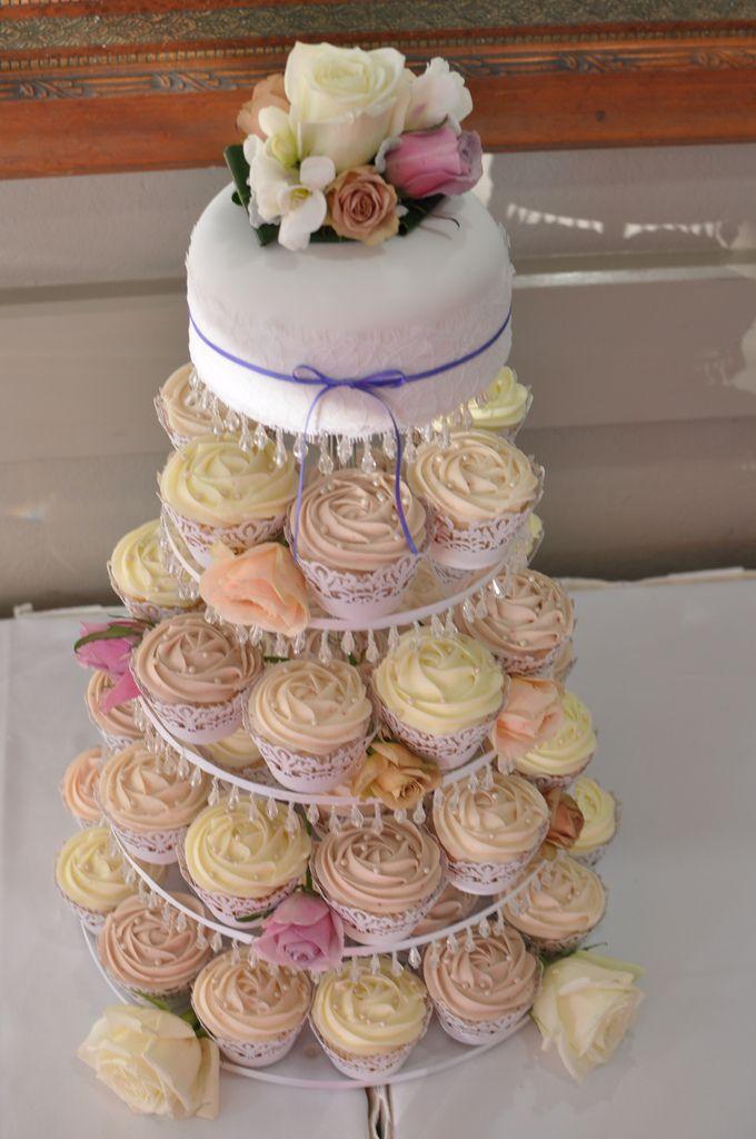 wedding cake cupcake tower - Google Search
